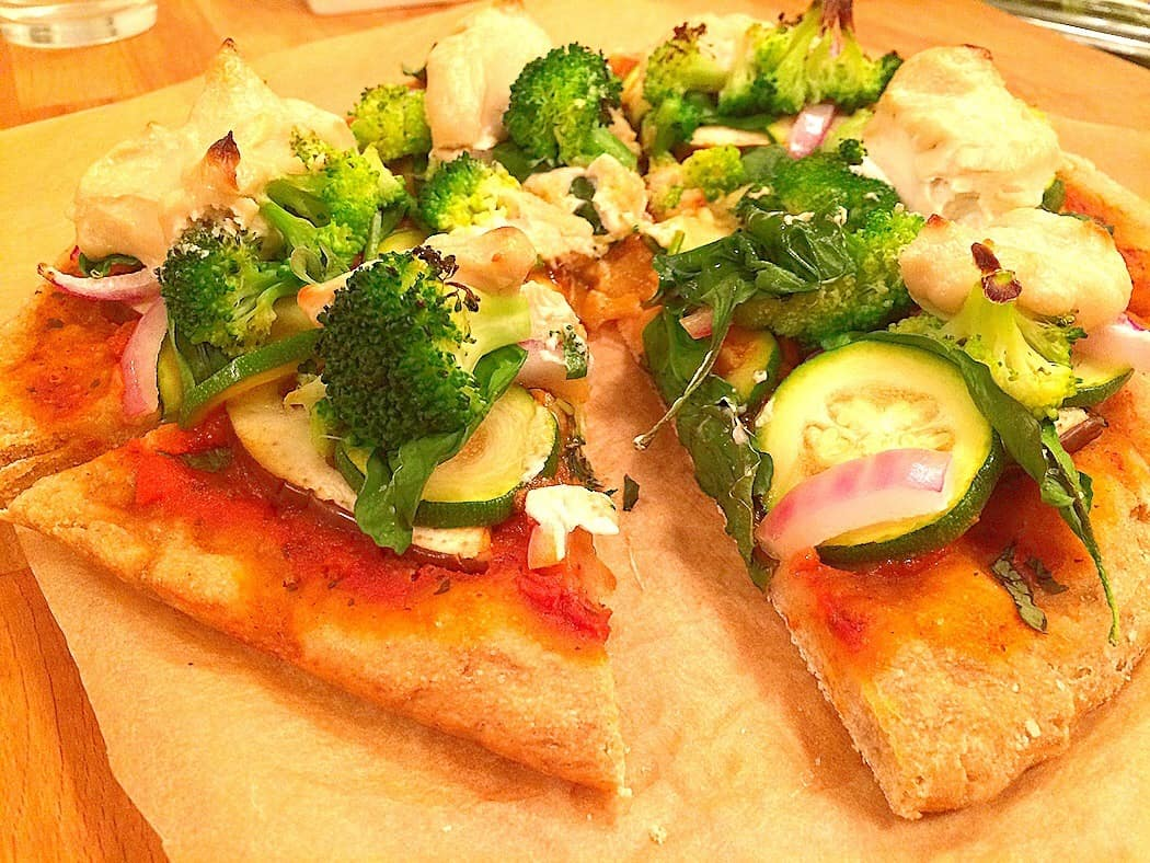 Veggie Pizza With Cashew Cheese | AnamBliss